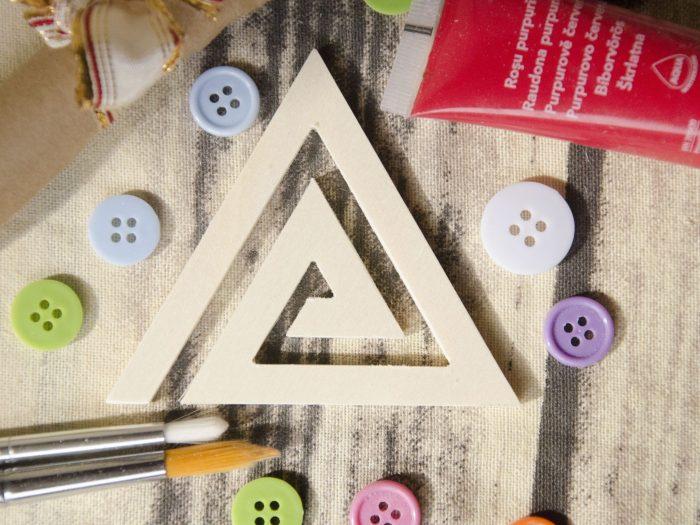 Blank triunghi din lemn