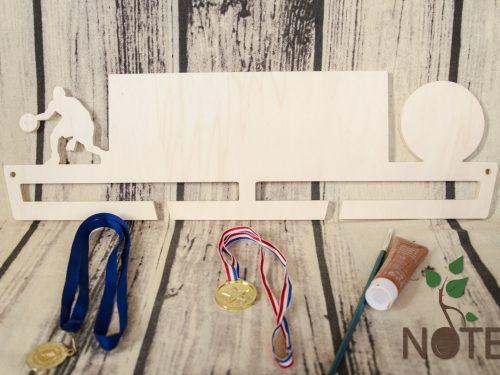 suport din lemn pentru medalii