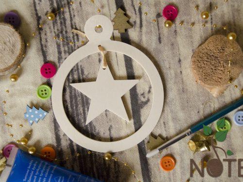 Ornament atipic pentru brad cu steluta