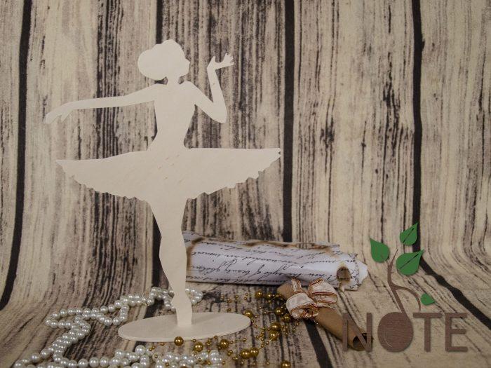 siluete balerine din lemn cu talpa