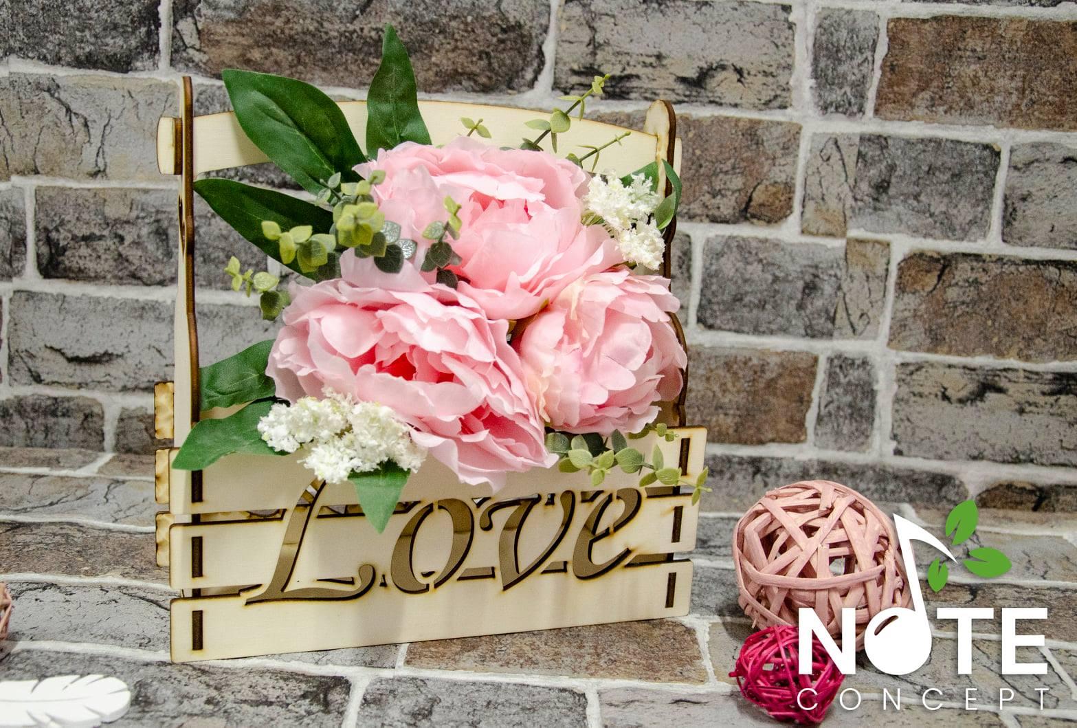 blank cutie din lemn pentru flori