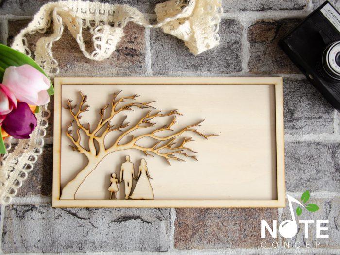 Blank rama cu copac si familie pentru licheni